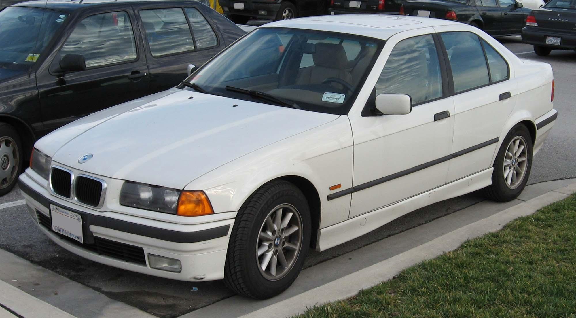 04667950-photo-bmw-serie-3-1994