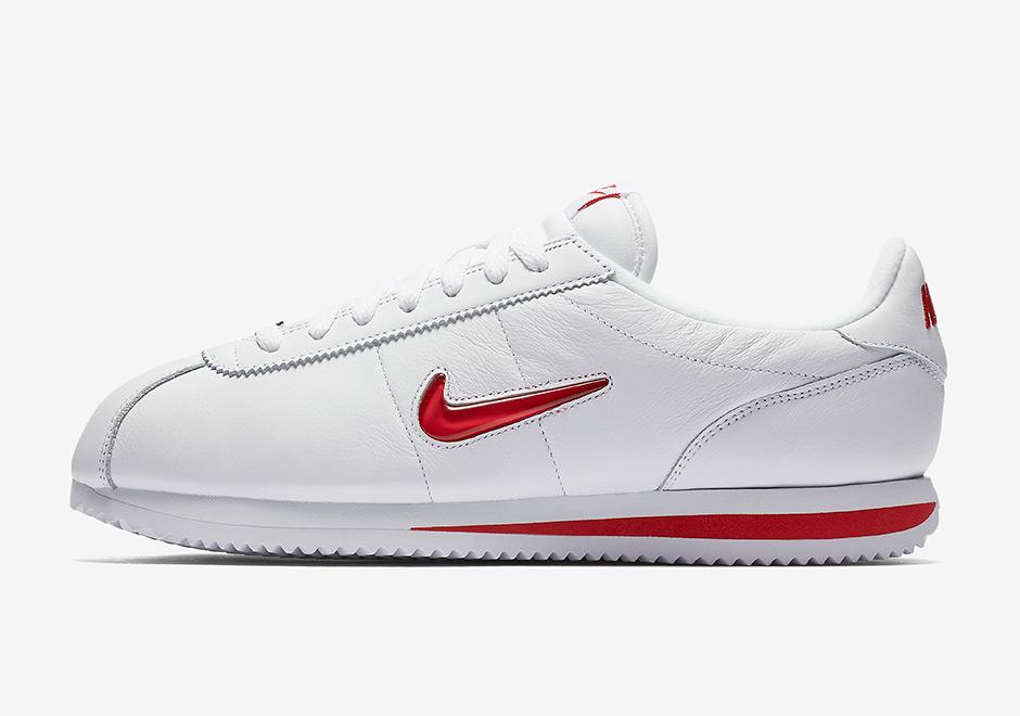 meet e135e 63dde La Nike Cortez devient précieuse avec le