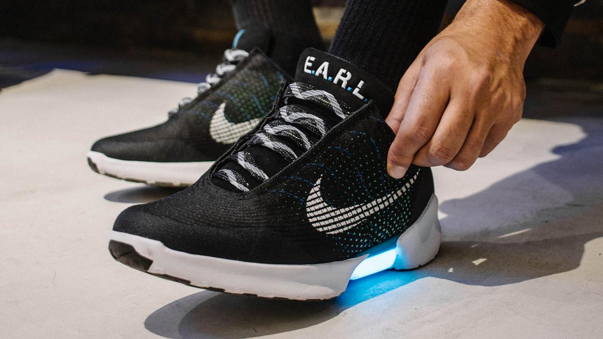 e7b21e680b5 Comment les géants des sneakers délaissent-ils leurs lacets