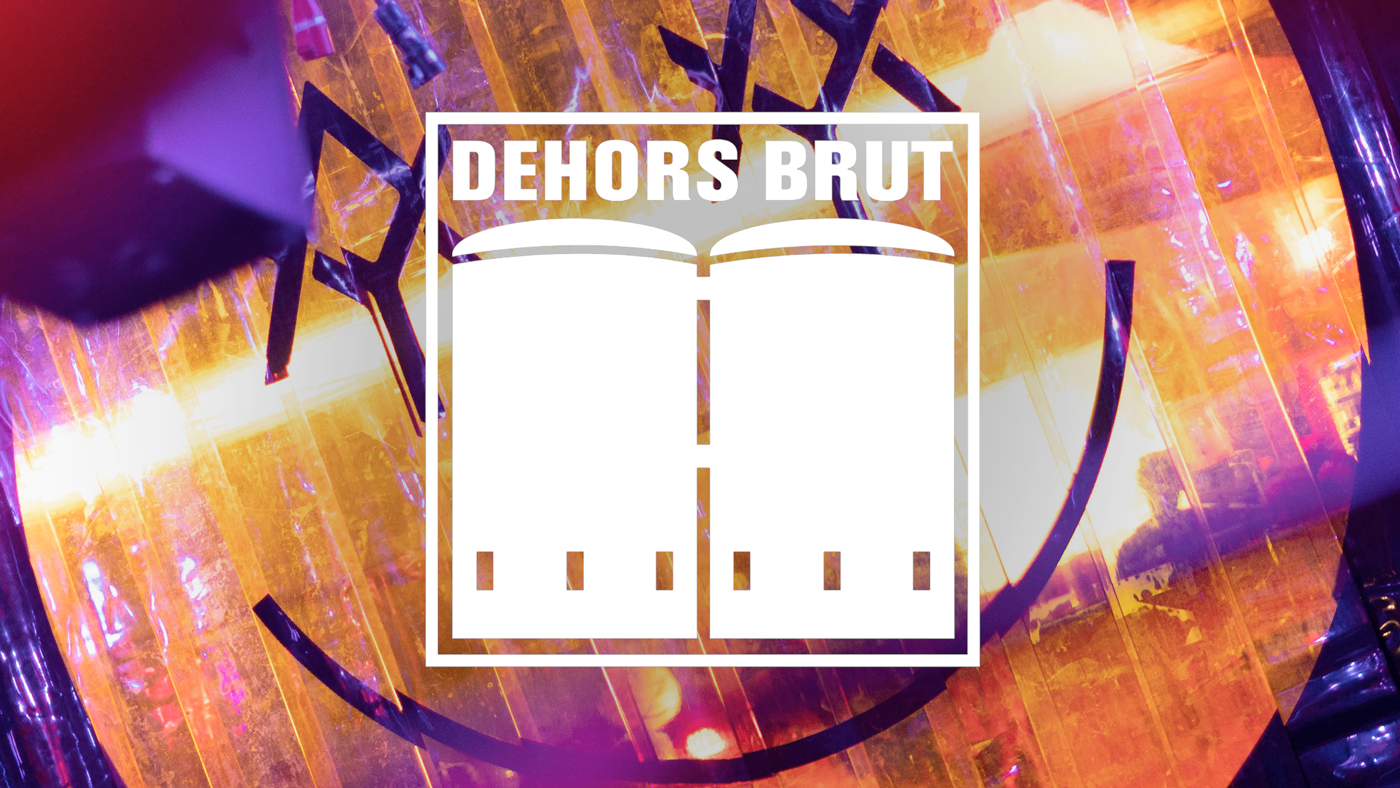 dehors-brut-concrete-yard-summer-club
